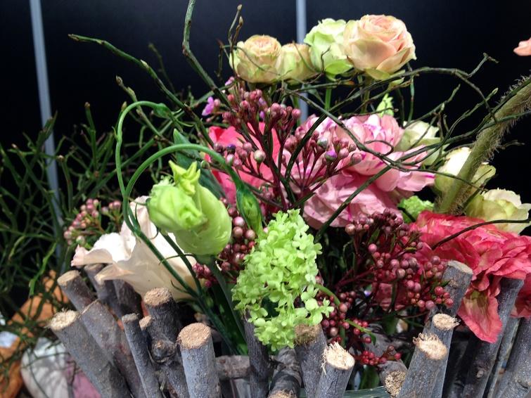 Blumengestecke und -sträuße fertigen
