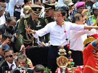 "Kalau Hoax Memuji ""Jokowi Pemimpin Terbaik"" Dibiarkan, Tapi Hoax Lain Buru-Buru Dihabisi?"