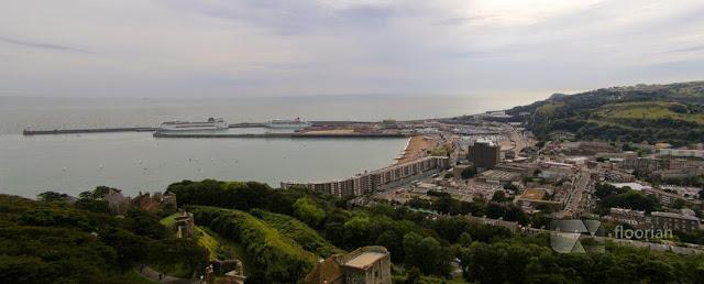 Widok na port w Dover. Blog o podróżach.