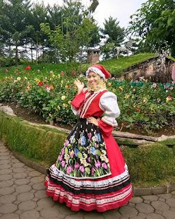 Gadis Eropa Ala Lembang - Tempat Wisata Di Bandung