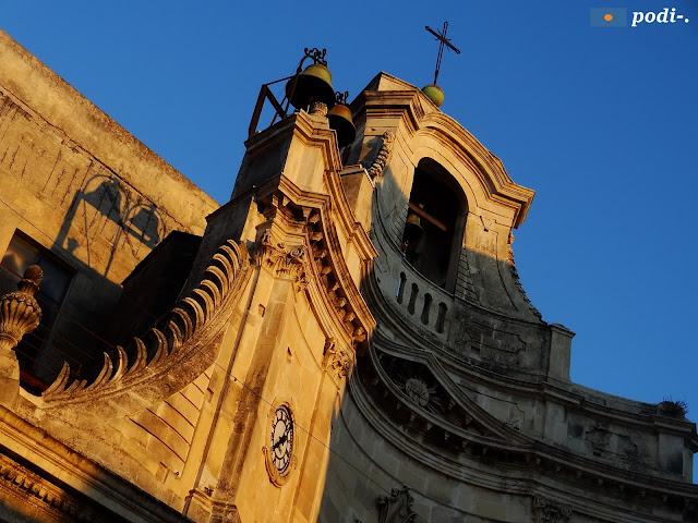 orologio della chiesa di san Rocco a Acireale