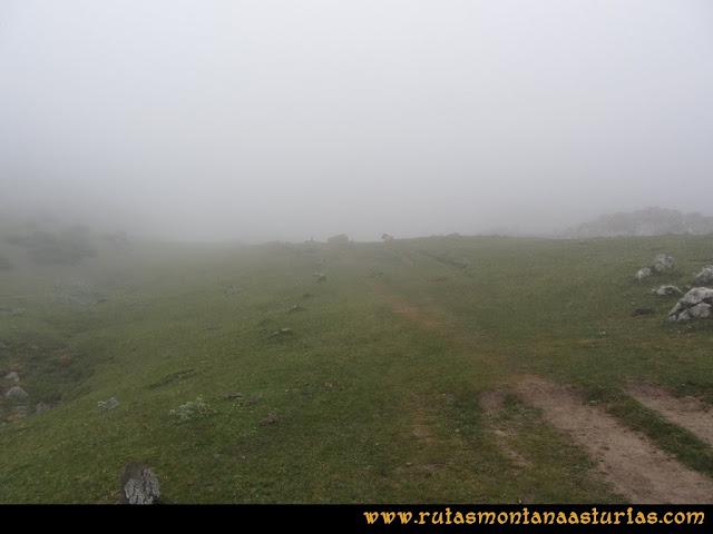 Mirador de Ordiales y Cotalba: Camino a Vegarredonda