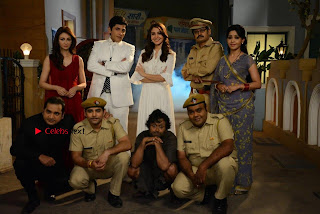 Saumya Tandon Aasif Sheikh Anushka Sharma Shubhangi Atre and Rohitash Gaud on the sets on Bhabhi Ji Ghar Par Hai  0006.jpg
