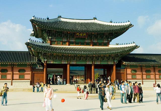 Cung điện Gyeongbok - Địa điểm du lịch không nên bỏ qua