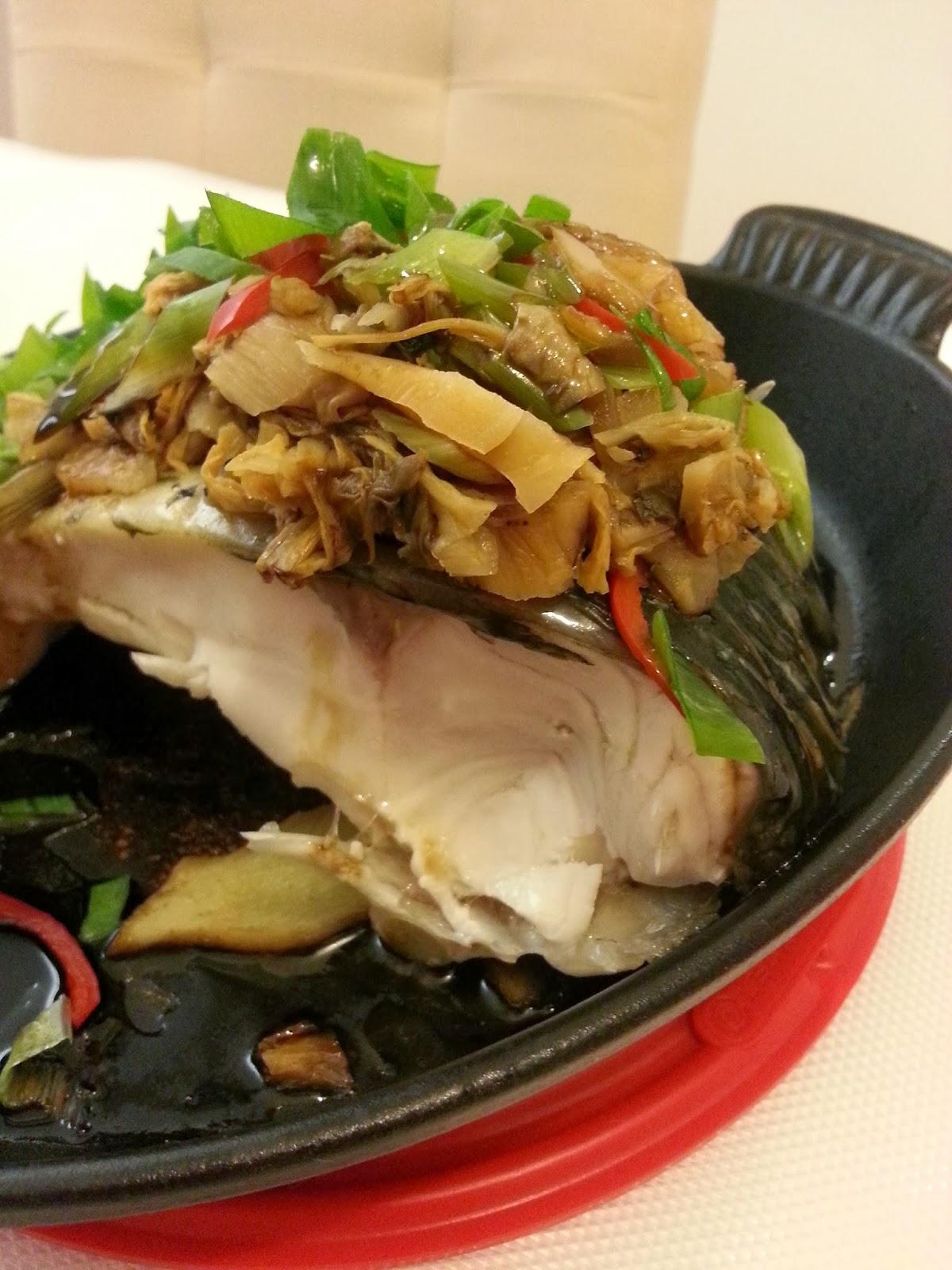 我們的甜蜜日記: 梅菜蒸鯇魚 - LC 無水蒸法