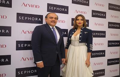 Vivek-Bali-Chief-Operation-Officer-Sephora-India-with-Bollywood-diva-Bipasha-Basu