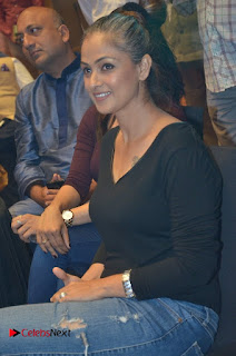 Simran and Vishal at the Launch of The Pride of Tamil Nadu Event Stills  0030.jpg