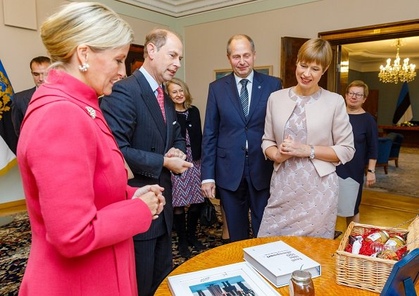 Countess Sophie wore Emilia Wickstead wool-crepe coatdress and Prada suede pumps carried Sophie Habsburg clutch. President Kersti Kaljulaid