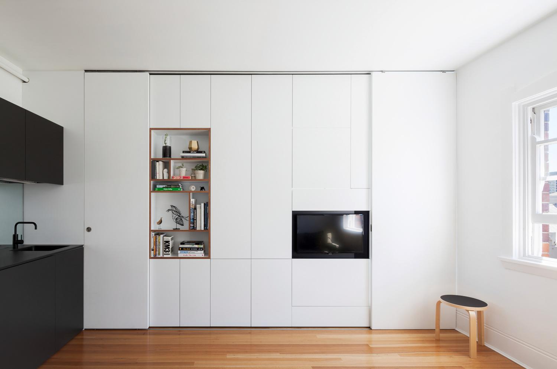 simplicity love Darlinghurst Apartment Australia  Brad Swartz Architect