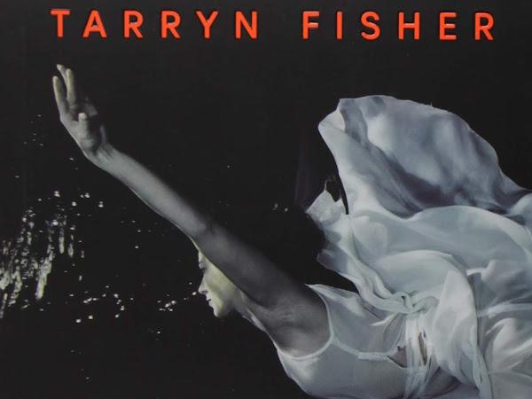 Resenha O Lado Obscuro - Tarryn Fisher