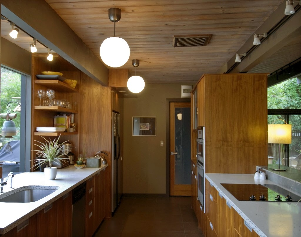 Ideas for Remodeling a Galley Style Kitchen