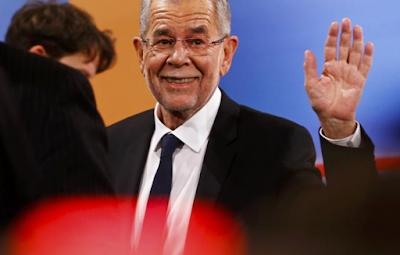 Presiden Austria Minta Semua Wanita Berjilbab Jika Islamofobia Berlanjut