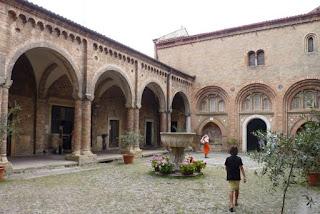 Bolonia, Basílica di Santo Stefano.