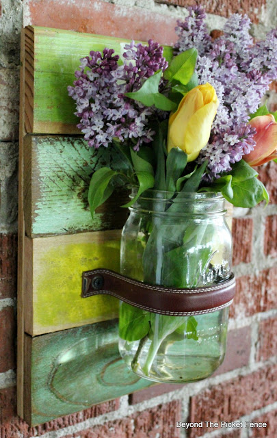 Wall Vase Made From Pallets