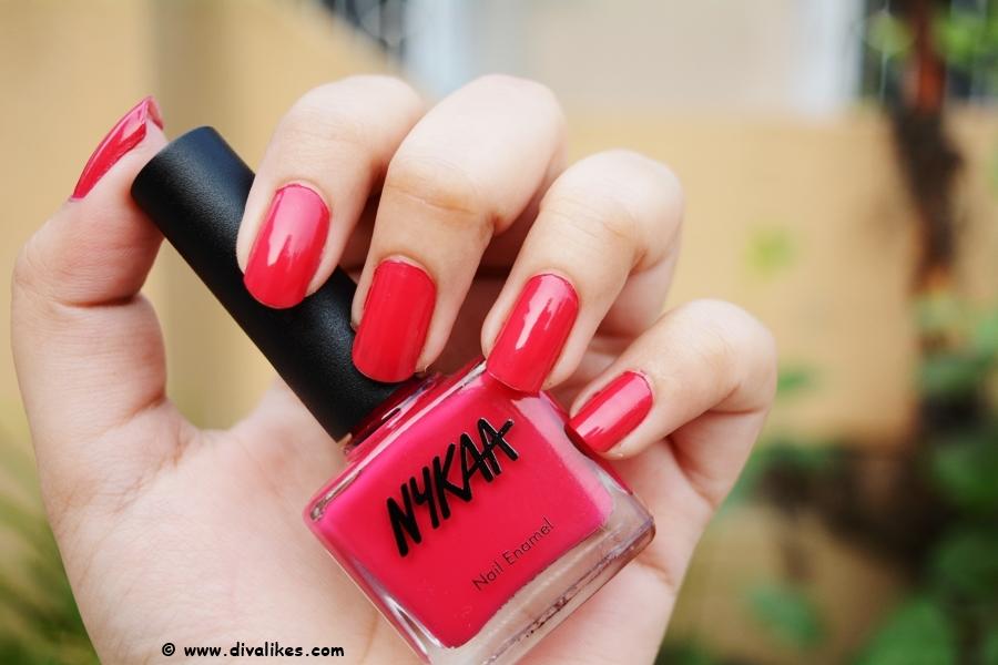 Nykaa Floral Carnival Nail Enamel Hot Pink Poppy 108 Review | Diva Likes