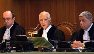 Pentingnya Menghargai Putusan Mahkamah Internasional