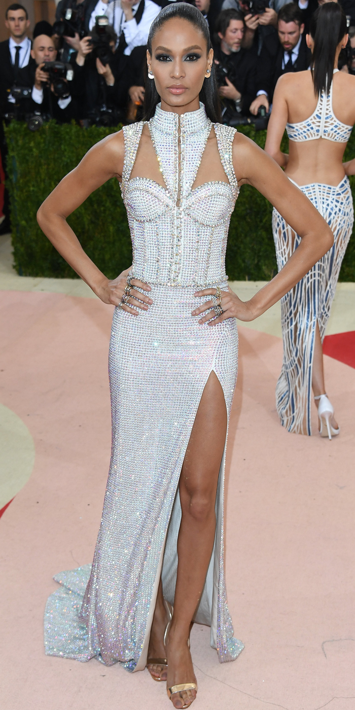 Joan Smalls 2016 MET GALA