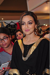 Bollywood Actress Sana Khan Launches Aakrithi Exibition  0100.JPG