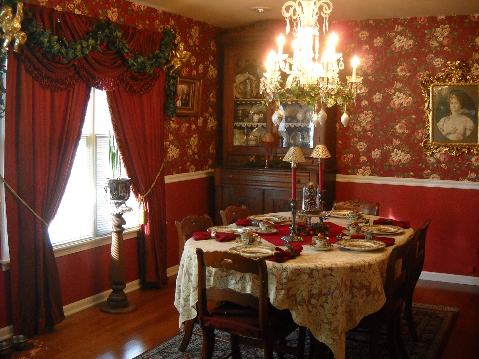 Dining Room Candle Chandelier Victorian Wanna Be Christmas In The Dining Room