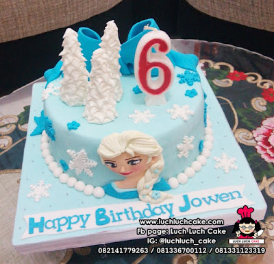 Fondant Frozen Birthday Cake