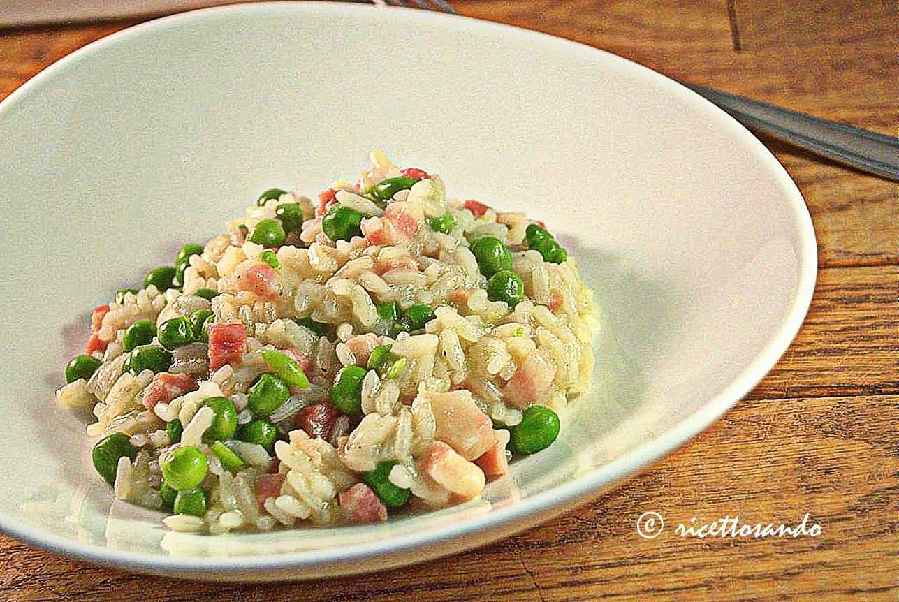 Risi e bisi ricetta di risotto all'onda della tradizione veneta