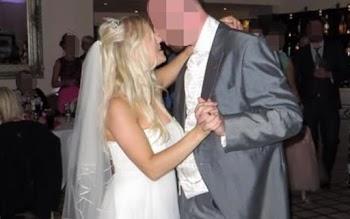 Αυτή η γυναίκα έγινε viral όταν αποφάσισε να πουλήσει το νυφικό της στο eBay! Θα σας πέσουν τα μαλλιά όταν μάθετε το λόγο...