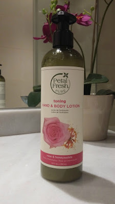 Petal Fresh Pure Toning hand and body lotion rose&honeysuckle