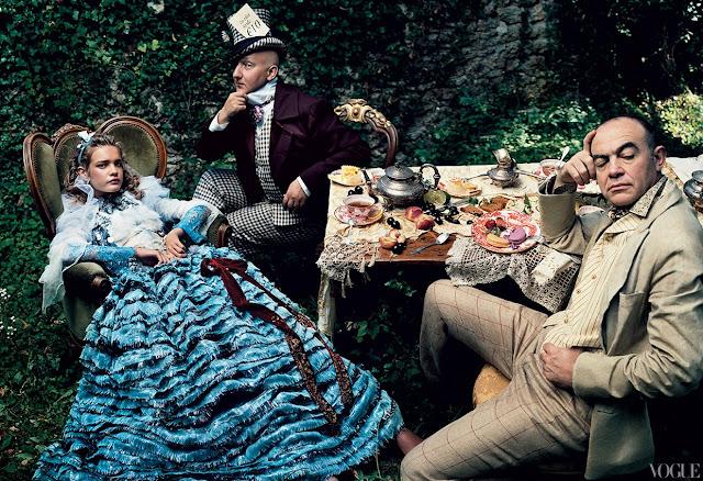 Alice no pais das maravilhas, Vogue fotos Fair Tales, vestido azul