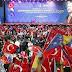Ο Ερντογάν στο Σαράγεβο - Μίλησε σε ένα κατάμεστο στάδιο και ζήτησε οι Τούρκοι να δείξουν τη δύναμή τους στην Ευρώπη - ΦΩΤΟ