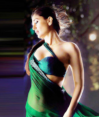 Kareena Kapoor Khan showed the right way in many occasions how to look hot in saree.