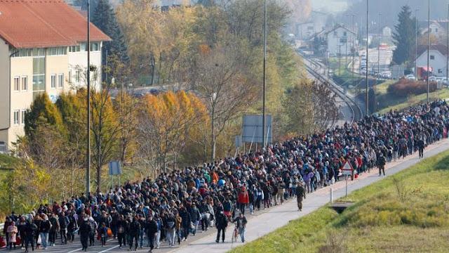 Οι απίστευτες αναφορές στο Σύμφωνο για τη Μετανάστευση