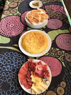 La tortilla de patatas y su acompañamiento