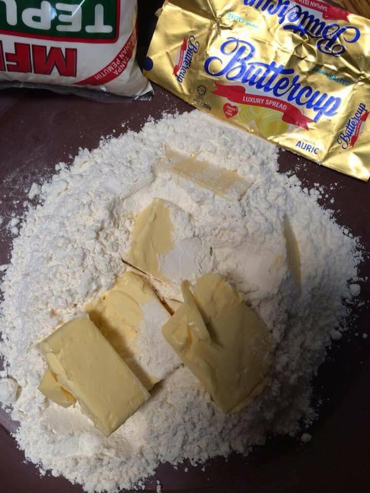 simbolika resepi tart cadbury mudah  sedap Resepi Kek Span Setengah Kilo Enak dan Mudah