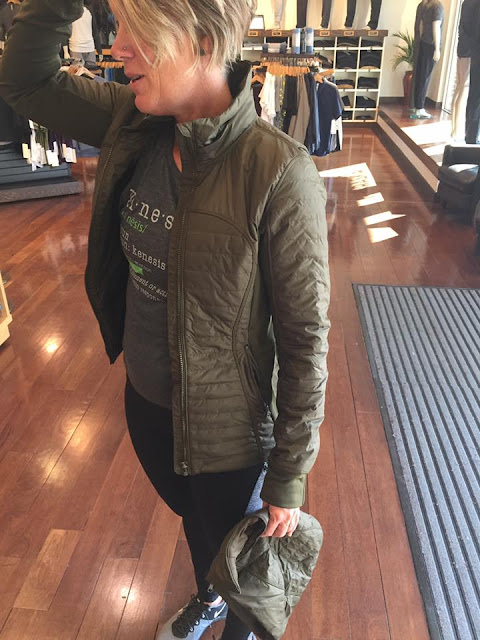 lululemon first-mile-jacket