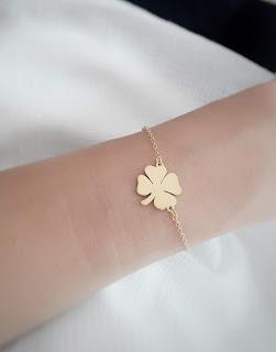 bracelet fantaisie trefle