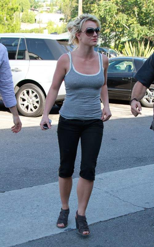 Britney Spears Workouts And Dieting Secrets