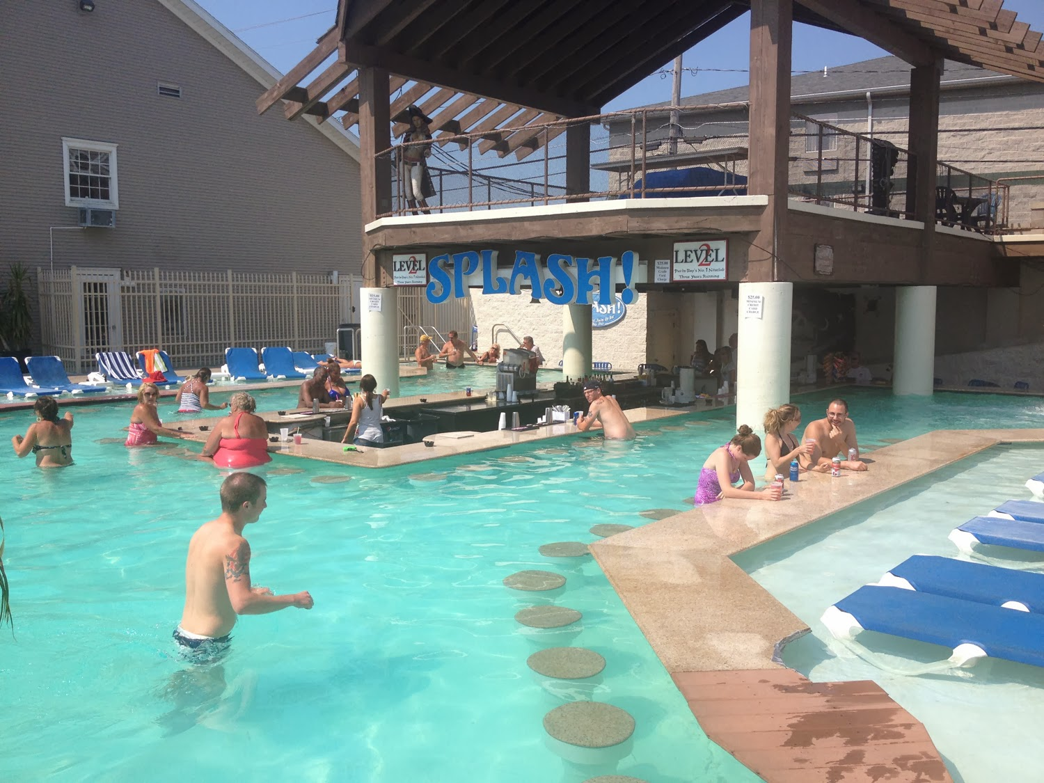 Put In Bay Hotels Swim Up Bar