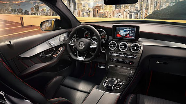 2017  interior Mercedes-AMG GLC43