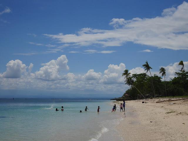 Pantai Lemo-Lemo