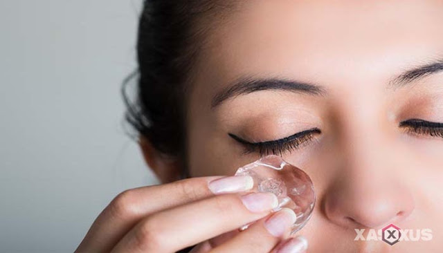 15 Manfaat Es Batu Untuk Wajah Beserta Cara Menggunakannya