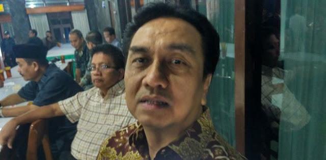 PDIP: Silakan Jokowi Jika Ingin Memimpin Golkar