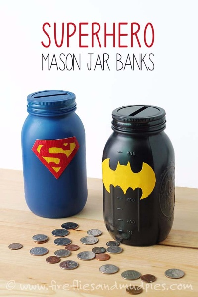 Mason Jar Super Hero Banks. Foto: firefliesandmudpies