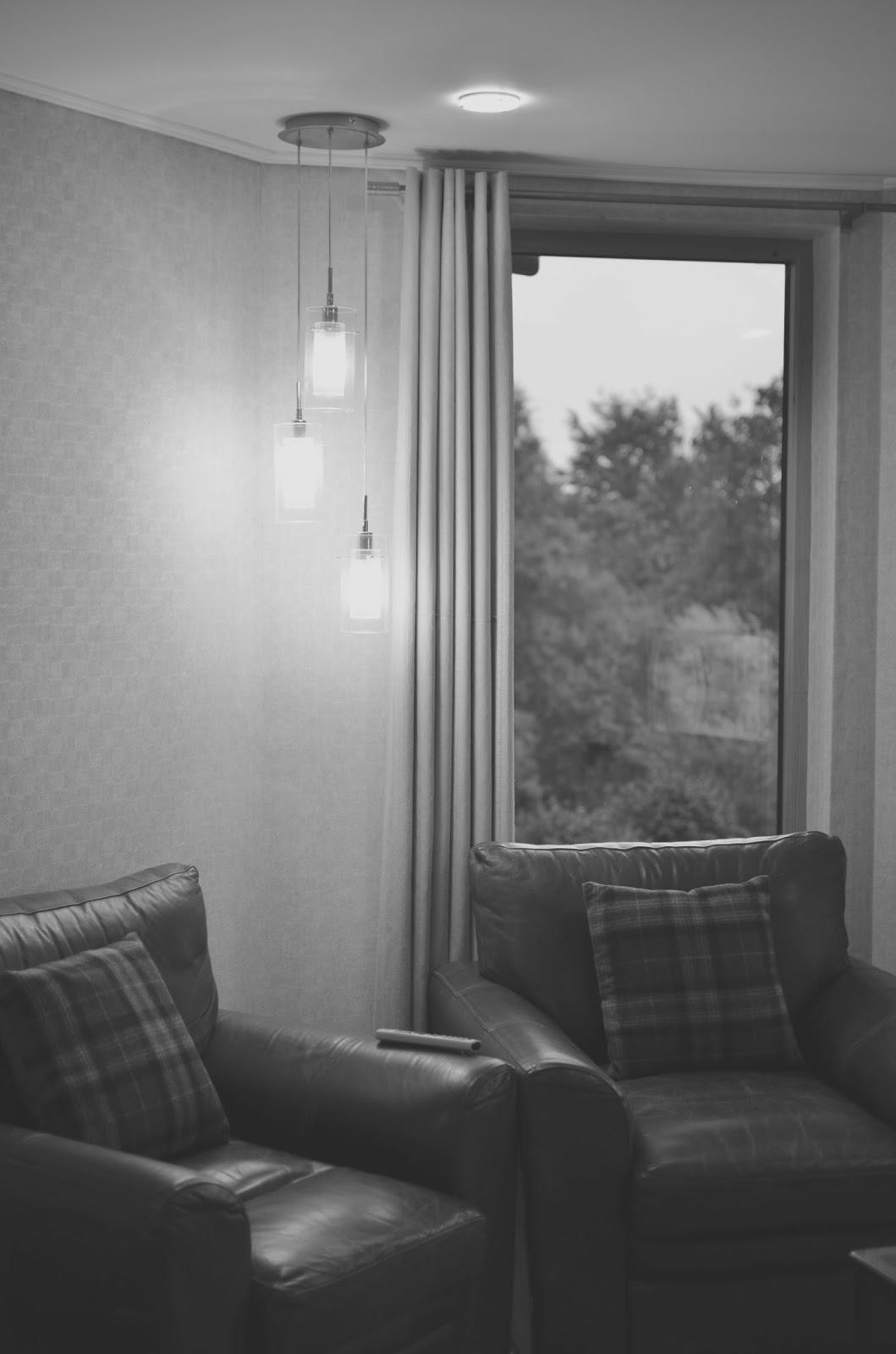 loch lomond, lodge on the loch munros room, scotland, scottish hotel, review,