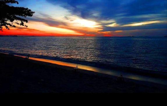 Teratak Rehat Atie Ira Chalet sunset