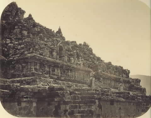 Foto-Foto Candi Borobudur di Tahun 1866-1951