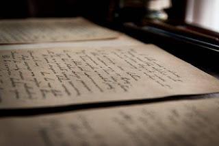 Mengenal 10 Macam Jenis Jenis Puisi Menurut Bentuk dan Isinya