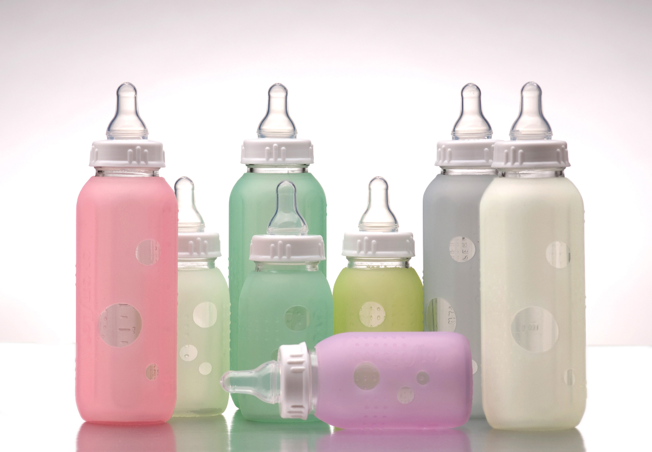 How to Be the Best Nanny : Silikids Siliskin Bottle Covers