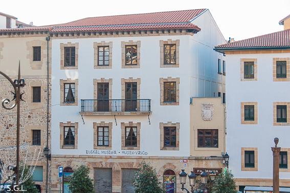 Museo Vasco. Bilbao por una bilbaina. Los museos