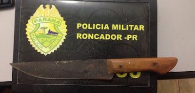 Roncador: Após ameaçar familiares homem tenta agredir policiais com faca