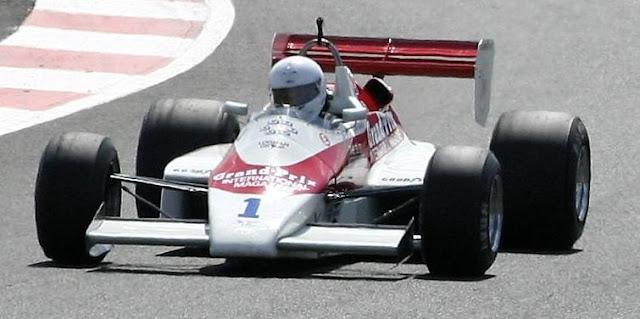 Gambar Mobil Balap F1 Arrows